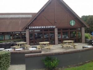"""Le Starbucks de l'aire de Brou-Frazé - Photo """"Autogrill"""" - DR"""