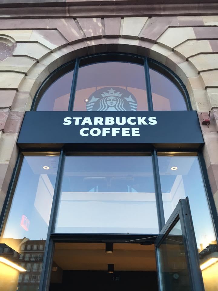 Ouverture Starbucks enseigne