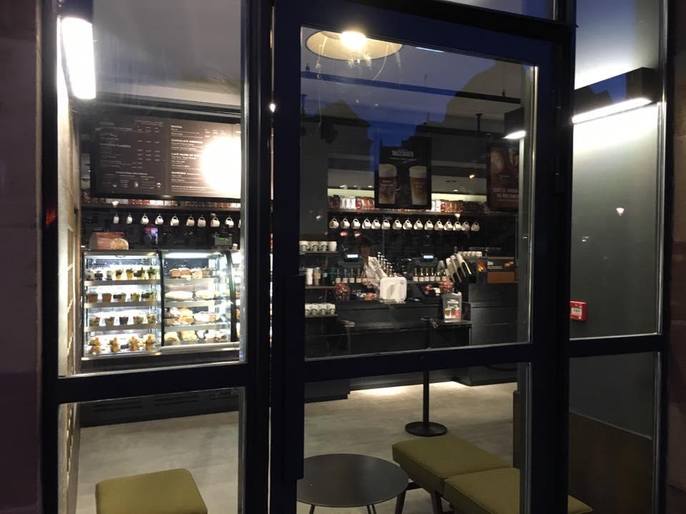 Ouverture Starbucks interieur